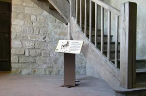 tout-pour-plaire-carcassonne-signaletique-carcassonne-pupitre-centre-monuments-nationaux