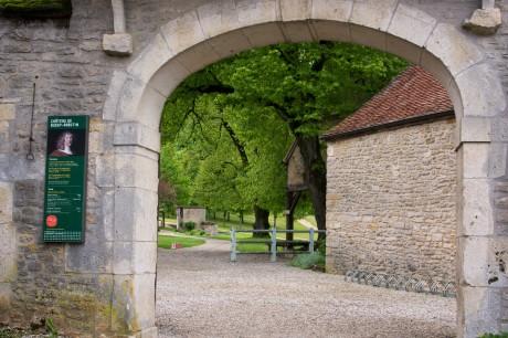 Tout pour plaire - signalétique d'accueil - Centre des monuments nationaux - château de Bussy-Rabutin